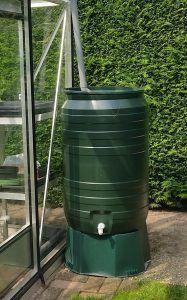 Groene kunststof regenton 210 liter