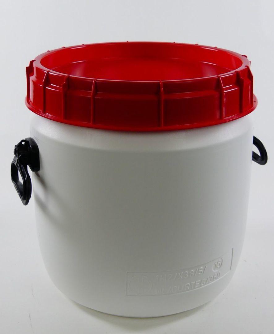 26 liter voerton met handvaten